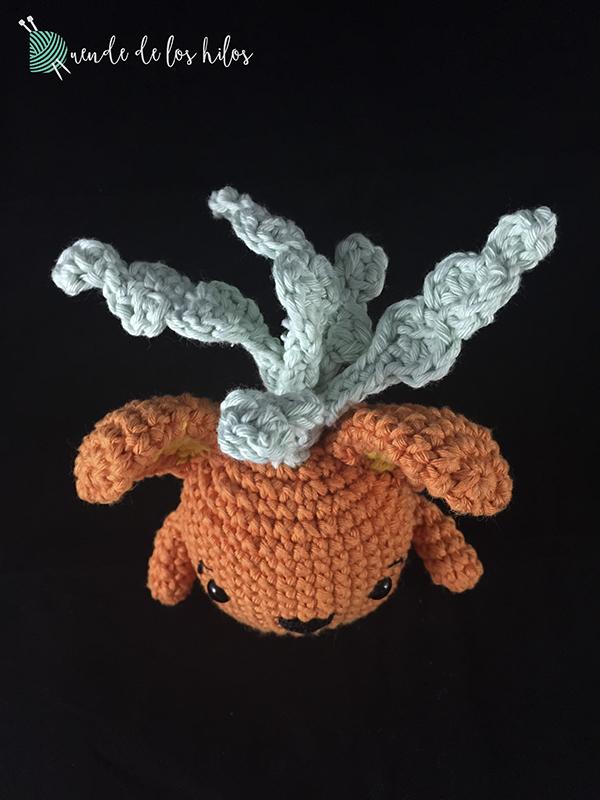 Amigurumi zanahoria conejo 2