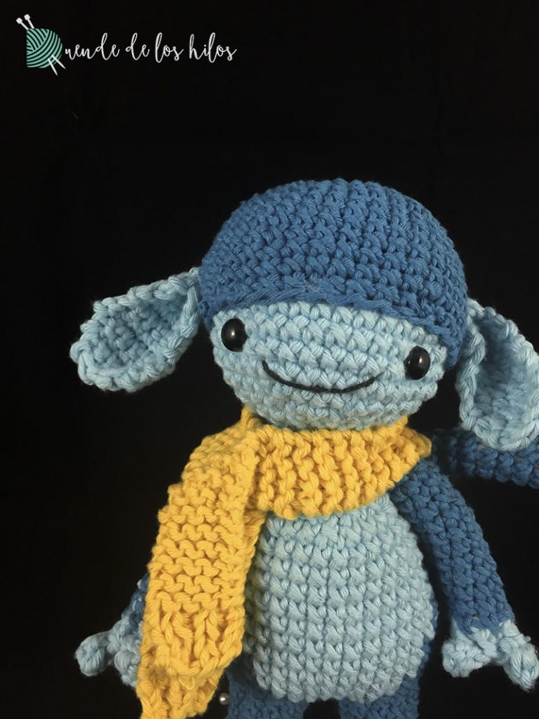 amigurumi mono azul bufanda 3