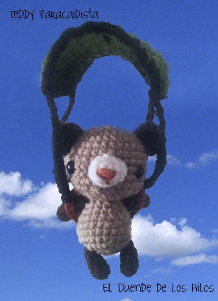 amigurumi oso paracaidista