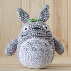Totoro » 53stitches » Free Amigurumi and Crochet Patterns and ... | 300x300