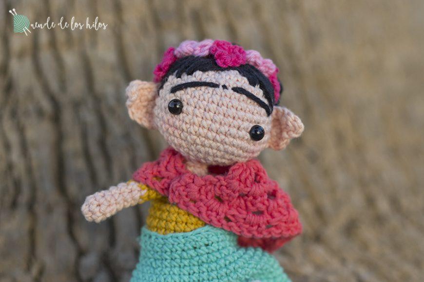 Frida Khalo Amigurumi (Amigurumi Personalizado)